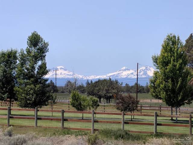 2572 SW Helmholtz Way Lot 6, Redmond, OR 97756 (MLS #201908915) :: Central Oregon Home Pros