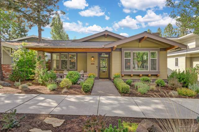 2640 NW Crossing Drive, Bend, OR 97703 (MLS #201908985) :: Bend Homes Now