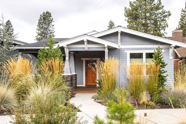 1505 NW Mt Washington Drive, Bend, OR 97703 (MLS #201908988) :: The Ladd Group