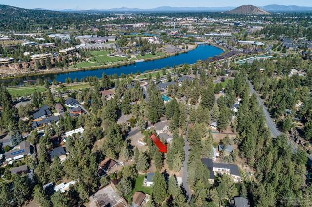 20024 Alderwood Circle, Bend, OR 97702 (MLS #201909085) :: Berkshire Hathaway HomeServices Northwest Real Estate
