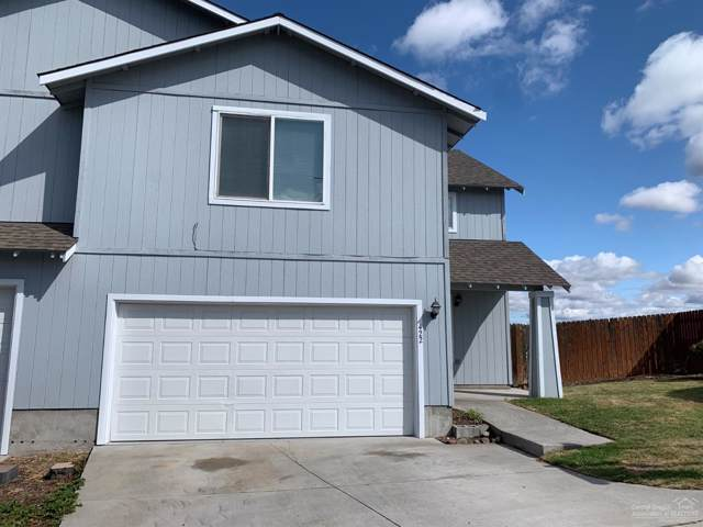 422 SE Carmen Way, Madras, OR 97741 (MLS #201909110) :: Berkshire Hathaway HomeServices Northwest Real Estate