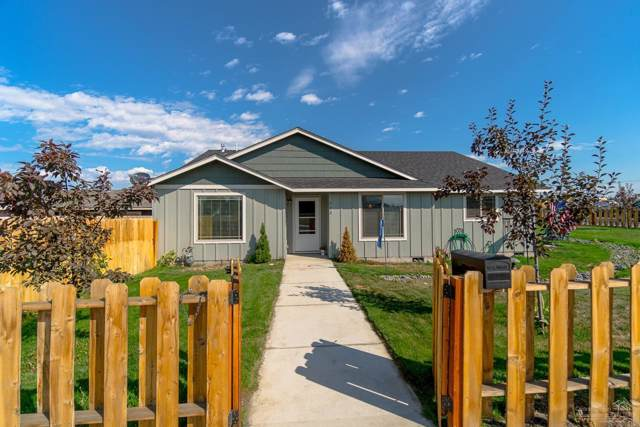 743 NW Quince Avenue, Redmond, OR 97756 (MLS #201909149) :: Fred Real Estate Group of Central Oregon