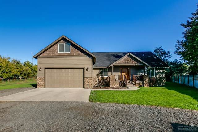 1135 NW 10th Street, Prineville, OR 97754 (MLS #201909167) :: Berkshire Hathaway HomeServices Northwest Real Estate