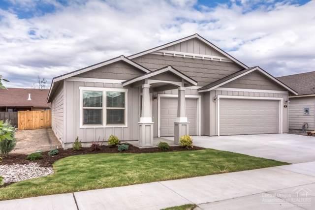 2334 SW Metolius Avenue, Redmond, OR 97756 (MLS #201909200) :: Central Oregon Home Pros