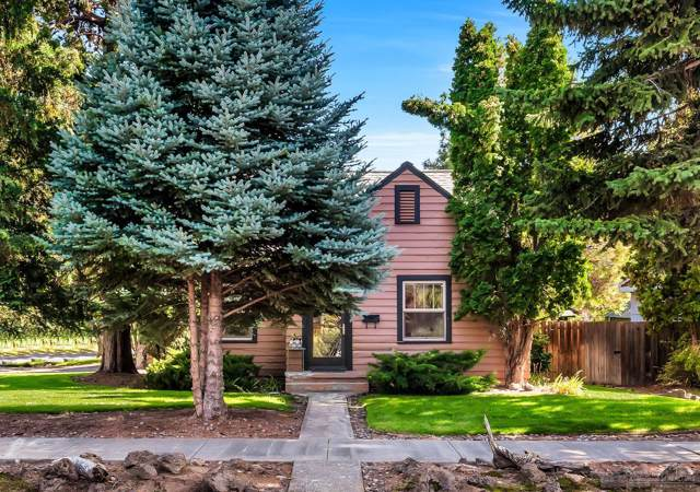 1174 NW Columbia Street, Bend, OR 97703 (MLS #201909230) :: Berkshire Hathaway HomeServices Northwest Real Estate