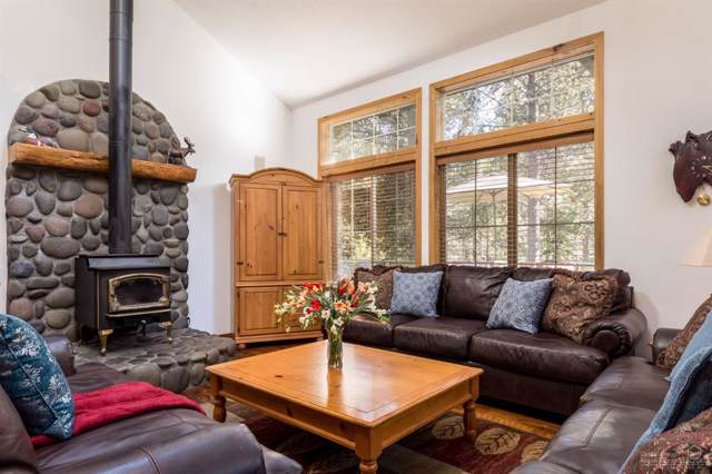 18001 Camas Lane, Sunriver, OR 97707 (MLS #201909326) :: Berkshire Hathaway HomeServices Northwest Real Estate