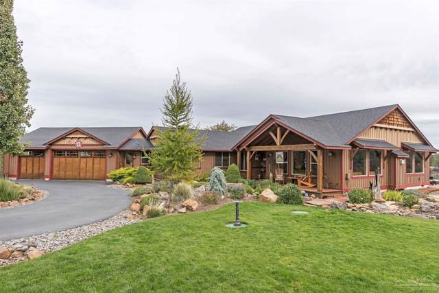 17167 Mountain View Road, Sisters, OR 97759 (MLS #201909450) :: The Ladd Group