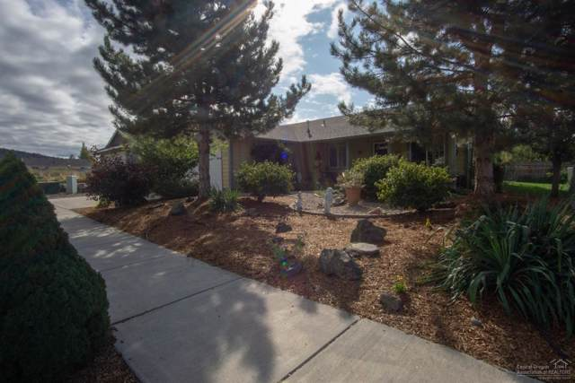 736 NE Black Bear Street, Prineville, OR 97754 (MLS #201909497) :: Windermere Central Oregon Real Estate