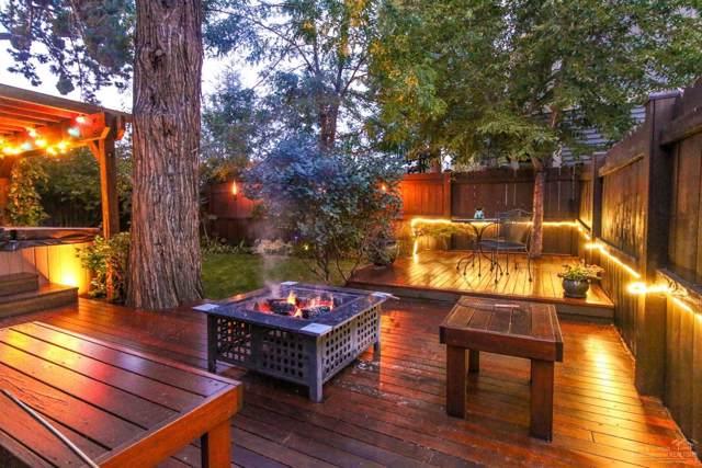 61476 Brosterhous Road, Bend, OR 97702 (MLS #201909538) :: Berkshire Hathaway HomeServices Northwest Real Estate