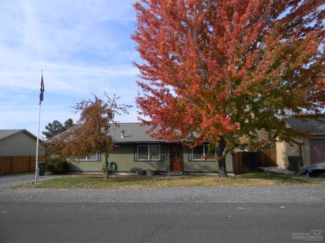 729 Mountain Ridge Drive, Culver, OR 97734 (MLS #201909688) :: Central Oregon Home Pros