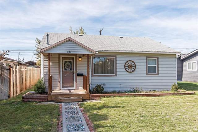 847 SW 14th Street, Redmond, OR 97756 (MLS #201909692) :: Fred Real Estate Group of Central Oregon