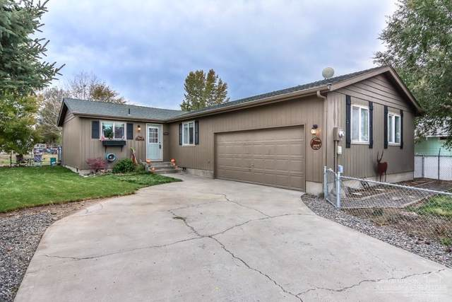 970 SE Algonquian Court, Prineville, OR 97754 (MLS #201909778) :: Team Birtola | High Desert Realty