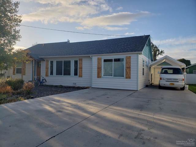 1090 NE Lookout Avenue, Prineville, OR 97754 (MLS #201909792) :: Premiere Property Group, LLC