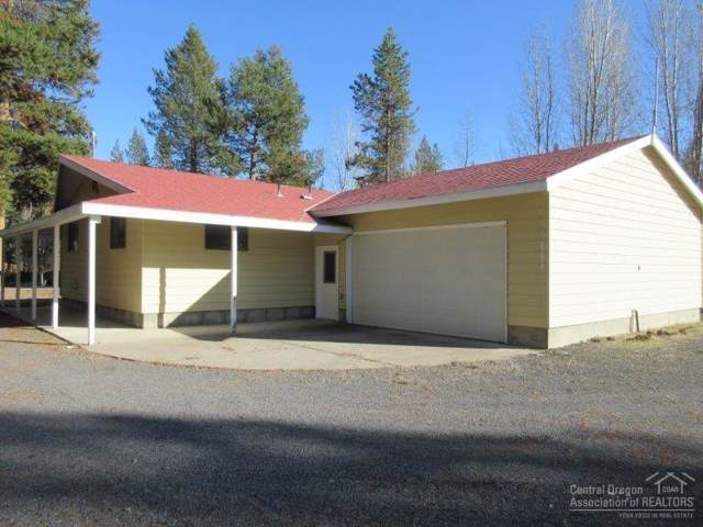 52575 Pine Drive, La Pine, OR 97739 (MLS #201909959) :: Berkshire Hathaway HomeServices Northwest Real Estate