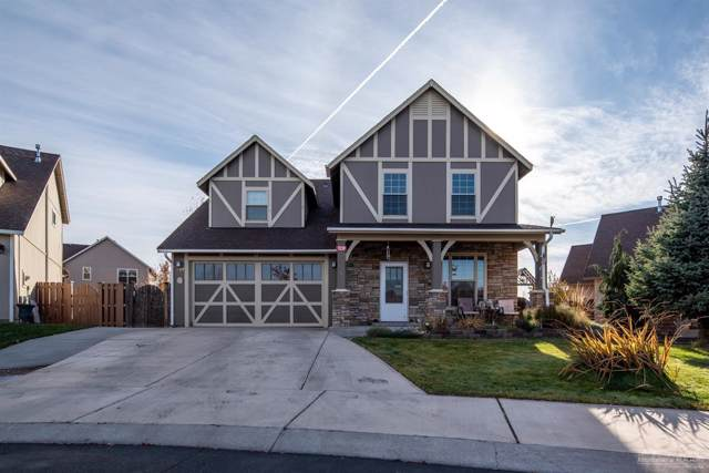 1239 SW 34th Place, Redmond, OR 97756 (MLS #201909985) :: The Ladd Group