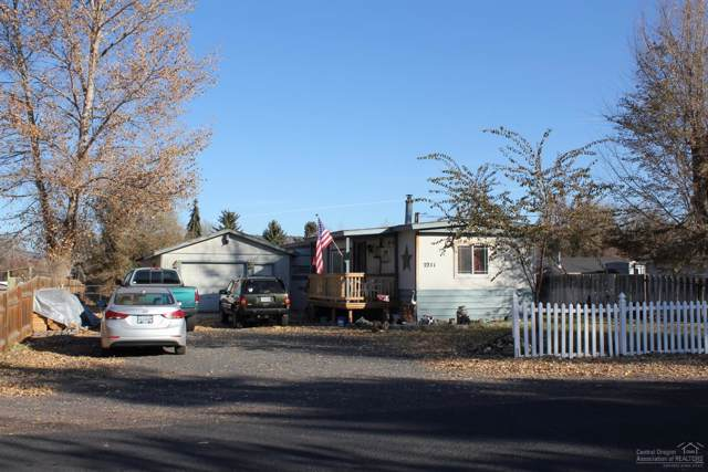 2211 SE Melrose Drive, Prineville, OR 97754 (MLS #201910069) :: Berkshire Hathaway HomeServices Northwest Real Estate