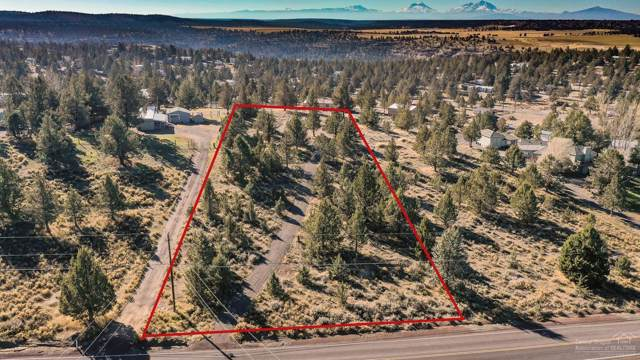 8815 SW Shad Road, Terrebonne, OR 97760 (MLS #201910176) :: The Ladd Group