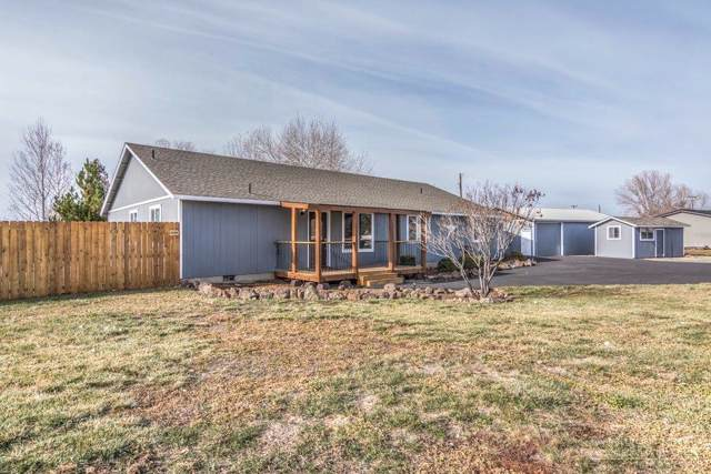 754 NW Smith Rock Way, Terrebonne, OR 97760 (MLS #201910211) :: Berkshire Hathaway HomeServices Northwest Real Estate