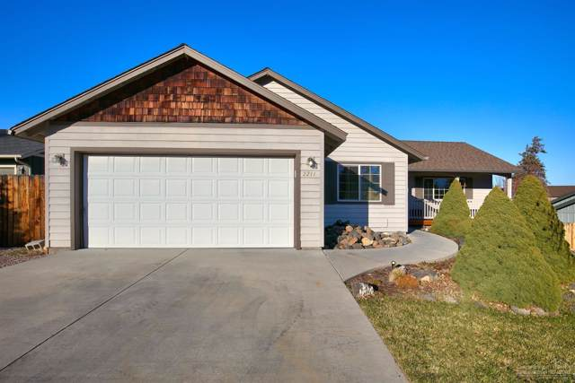 2211 SW Newberry Court, Redmond, OR 97756 (MLS #201910354) :: CENTURY 21 Lifestyles Realty
