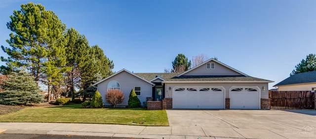 3720 SW Gene Sarazan Drive, Redmond, OR 97756 (MLS #201910488) :: Berkshire Hathaway HomeServices Northwest Real Estate