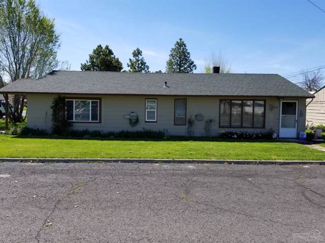 393 SE Dunham Street, Prineville, OR 97754 (MLS #201910501) :: Team Birtola | High Desert Realty