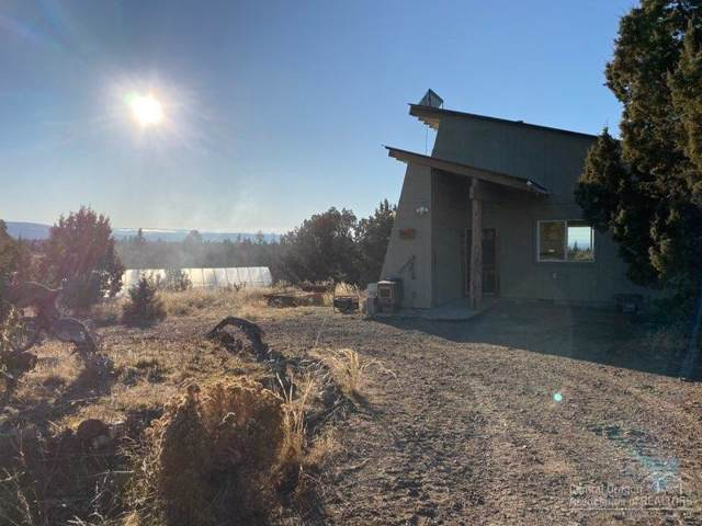 941 NW Redwood Lane, Prineville, OR 97754 (MLS #201910662) :: Team Birtola | High Desert Realty