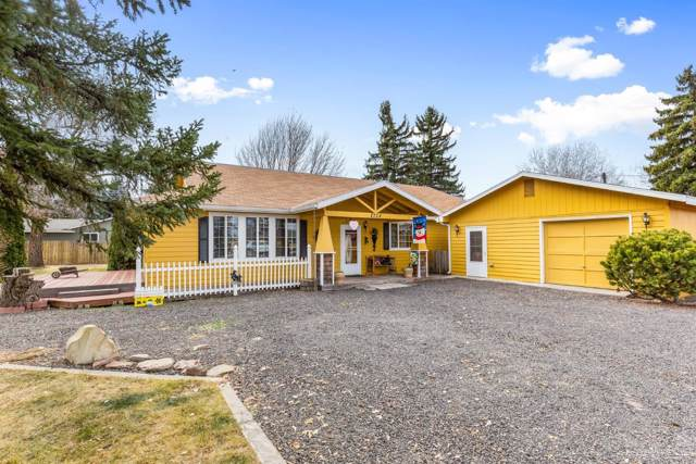 2724 SW Timber Avenue, Redmond, OR 97756 (MLS #201910666) :: The Ladd Group