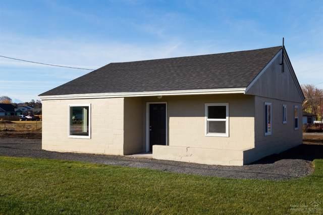 2355 SW Canal Boulevard, Redmond, OR 97756 (MLS #201910774) :: Berkshire Hathaway HomeServices Northwest Real Estate