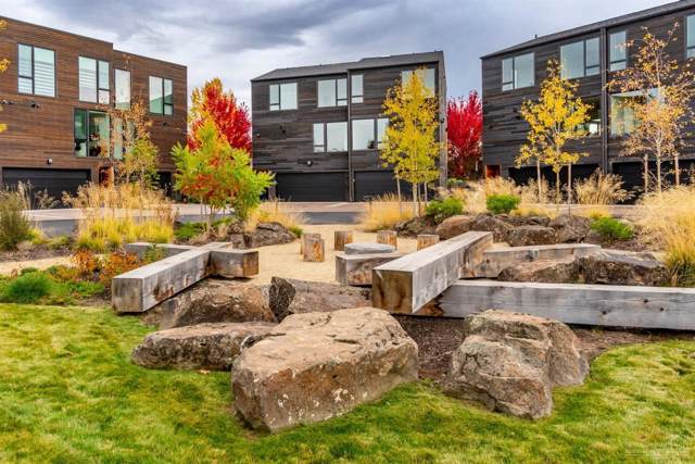 55 SW Wall Street #11, Bend, OR 97702 (MLS #201910903) :: The Ladd Group