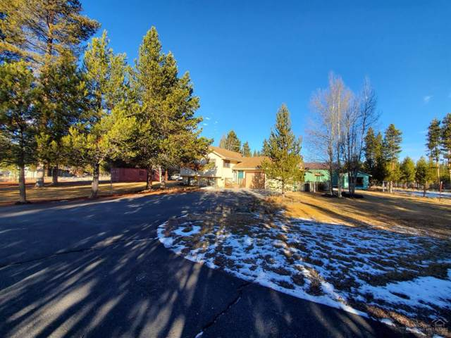 12017 Beechwood Drive, La Pine, OR 97739 (MLS #201911043) :: Berkshire Hathaway HomeServices Northwest Real Estate