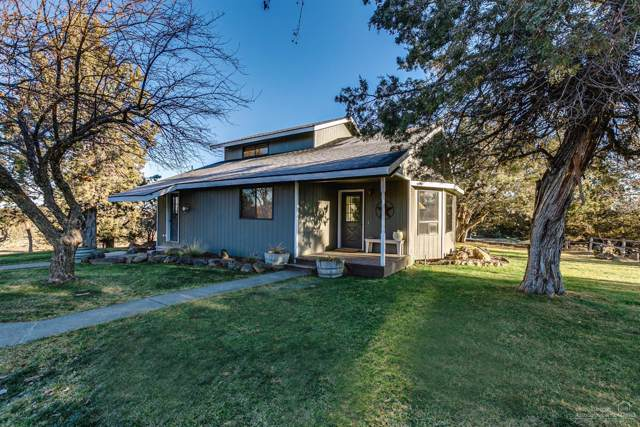 8531 W Antler Avenue, Redmond, OR 97756 (MLS #202000042) :: Fred Real Estate Group of Central Oregon