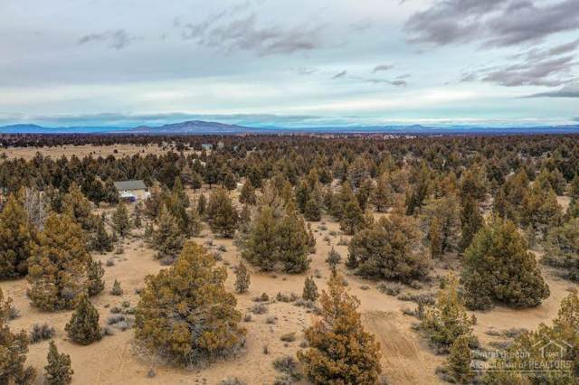 61110 Lone Pine Trail, Bend, OR 97702 (MLS #202000251) :: Team Birtola | High Desert Realty