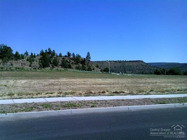 2150 NE Angler, Prineville, OR 97754 (MLS #202000261) :: Berkshire Hathaway HomeServices Northwest Real Estate