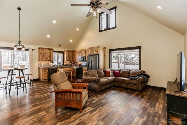 56410 Stellar Drive, Bend, OR 97707 (MLS #202000266) :: Team Birtola | High Desert Realty