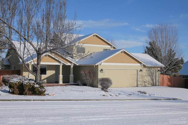 3139 SW Umatilla Avenue, Redmond, OR 97756 (MLS #202000345) :: Central Oregon Home Pros