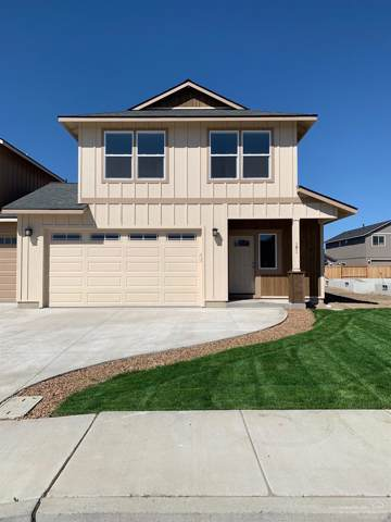 231 NW 29th Street, Redmond, OR 97756 (MLS #202000419) :: Fred Real Estate Group of Central Oregon