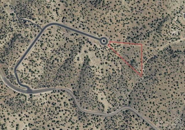 0 Lot 36 Pavati Drive, Prineville, OR 97754 (MLS #202000476) :: Fred Real Estate Group of Central Oregon