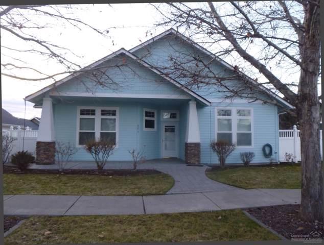 977 NE Hudspeth Lane, Prineville, OR 97754 (MLS #202000531) :: Berkshire Hathaway HomeServices Northwest Real Estate