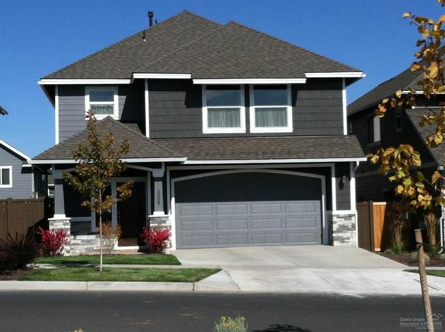 3008 NE Flagstone Avenue, Bend, OR 97701 (MLS #202000592) :: Stellar Realty Northwest