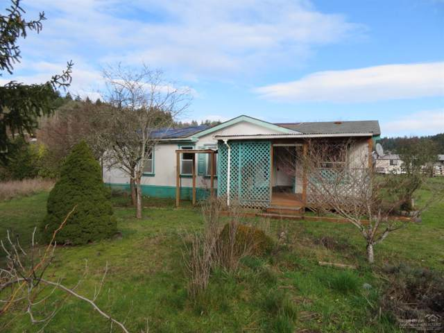 21900 NE Graham Avenue, Yamhill, OR 97148 (MLS #202000669) :: Fred Real Estate Group of Central Oregon
