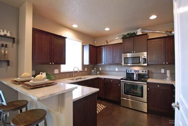 63821 Wellington Street, Bend, OR 97701 (MLS #202000750) :: Fred Real Estate Group of Central Oregon