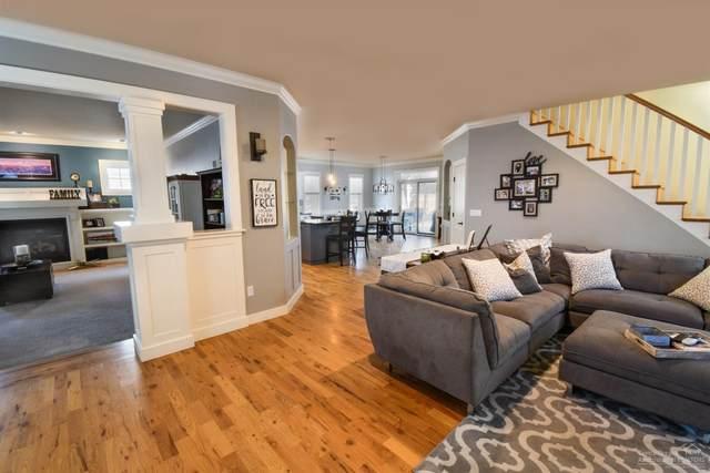 2777 NE Red Oak Drive, Bend, OR 97701 (MLS #202000835) :: Bend Homes Now