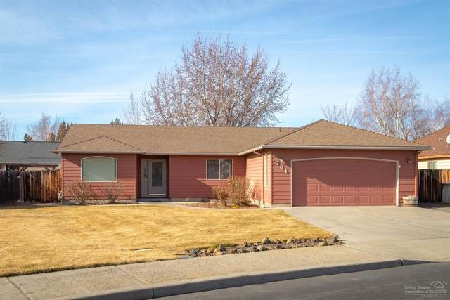 701 NW 21st Court, Redmond, OR 97756 (MLS #202000944) :: Berkshire Hathaway HomeServices Northwest Real Estate