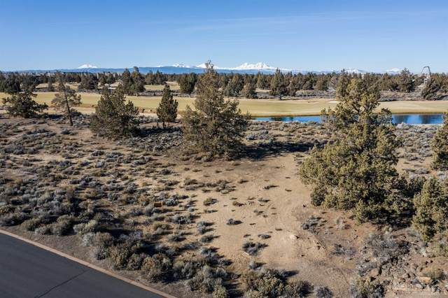 65845 Pronghorn Estates Drive Lot 44, Bend, OR 97701 (MLS #202001038) :: The Ladd Group