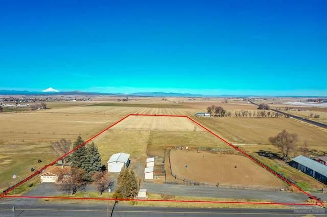 3050 SW Jericho Lane, Culver, OR 97734 (MLS #202001062) :: Premiere Property Group, LLC