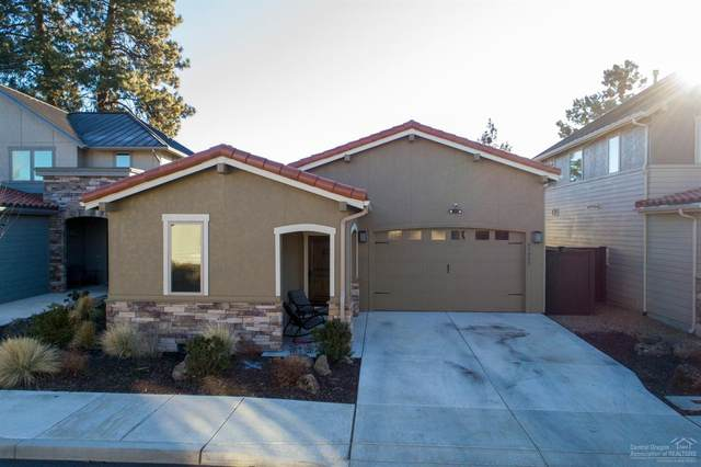 63089 NW Via Cambria, Bend, OR 97703 (MLS #202001074) :: Berkshire Hathaway HomeServices Northwest Real Estate