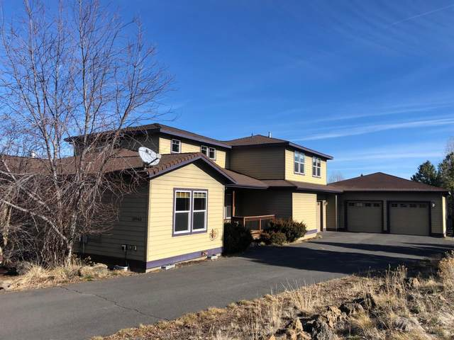 20940 Fireside Trail, Bend, OR 97702 (MLS #202001084) :: The Ladd Group