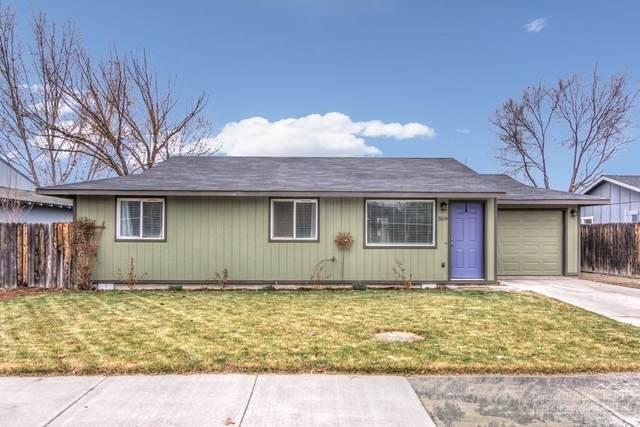 3159 SW Pumice Place, Redmond, OR 97756 (MLS #202001218) :: Stellar Realty Northwest