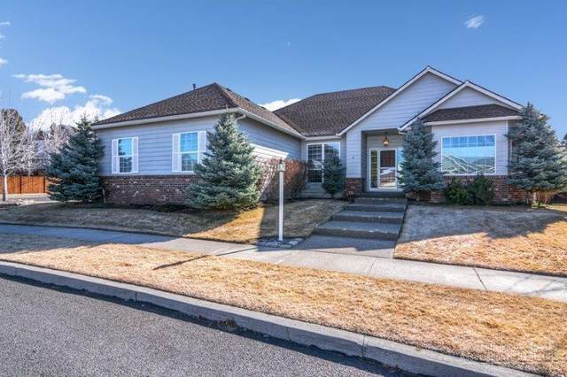 142 SE Airpark Drive, Bend, OR 97702 (MLS #202001304) :: Fred Real Estate Group of Central Oregon