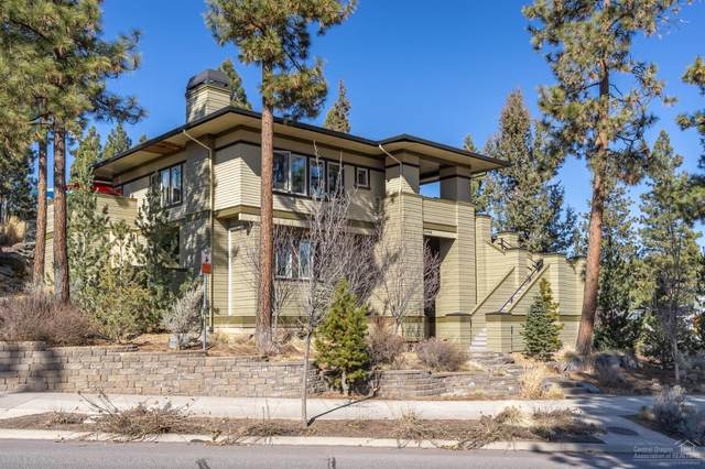 2446 NW Crossing Drive, Bend, OR 97703 (MLS #202001342) :: Fred Real Estate Group of Central Oregon
